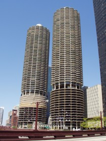 Marina_City_-_Chicago,_Illinois